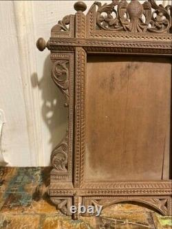17th Antique Walnut Wooden Hand Carved Eagle Figure Fine Carved Photo Frame