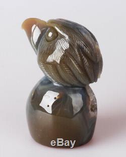 562g Natural Geode Agate Quartz Crystal Hand Carved Eagle Skull Carving 0090