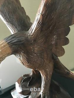 Large Stunning Hand Carved Majestic Wood Hard Plastic Eagle Statue AMERICA