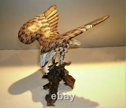 Vtg Hand Carved & Painted Wood Eagle Sculpture 8 3/4 T x 8 1/2 Wing Span x 8W